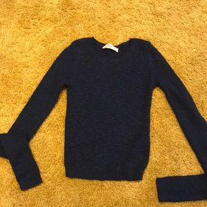 Hollister crop top blue sweater